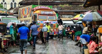 Sri Lanka Colombo Pettah market