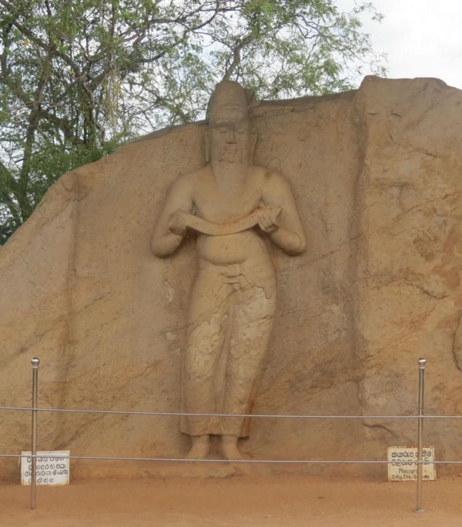 Statua velikog budističkog vlada i reformatora, Parakramabahu