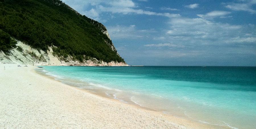 "Zanimljiva plaža na jadranskoj obali | <em>Creative Commons - image by <a href=""https://www.flickr.com/photos/33114438@N00/5971632872"" target=""_blank"" rel=""nofollow"">Luca Boldrini / flickr.com</a></em>"