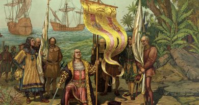 Spain history: Christoper Columbus arrives in America