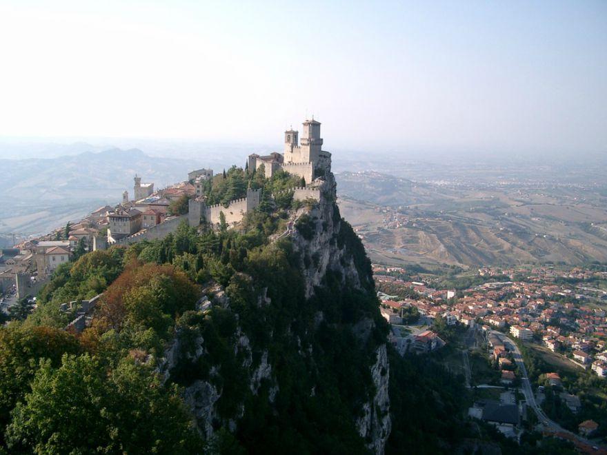 San Marino - Pogled sa planine