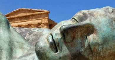 Sicily history Agrigento valley temples bronze statue