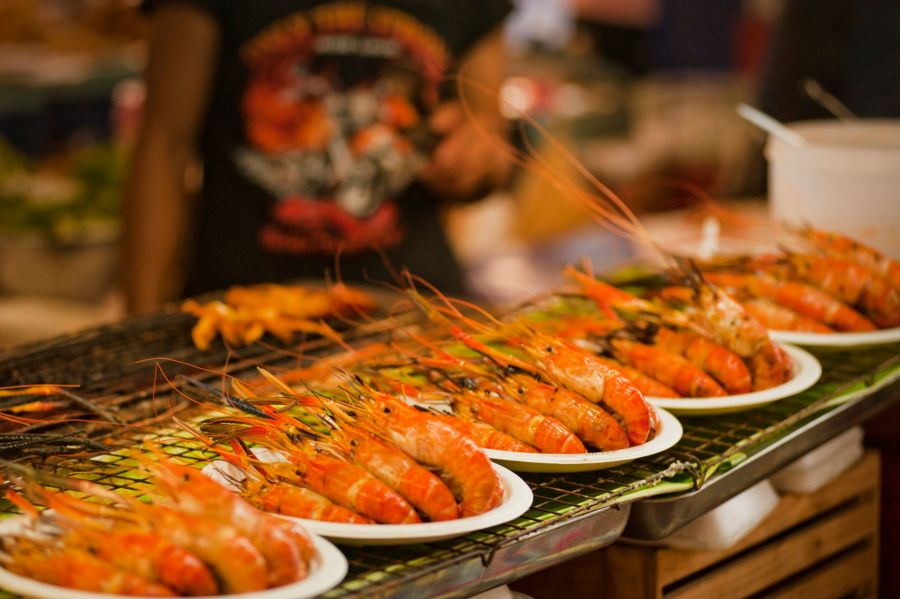 "Sveži račići | <em>Creative Commons - image by <a href=""https://www.pexels.com/photo/pile-of-shrimps-on-plates-1031780/"" target=""_blank"">Oleksandr Pidvalnyi / pexels.com</a></em>"