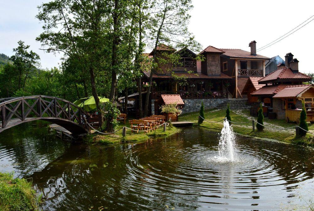 Kopaonik Semeteško jezero park za uživanje