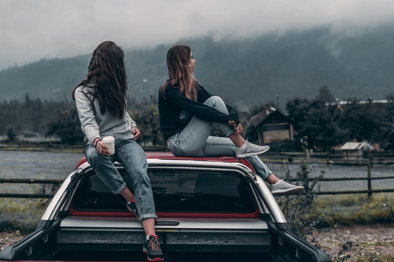 Društvo na krovu