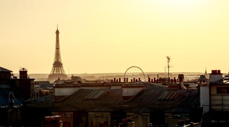 Pariz panorama i Ajfelov toranj