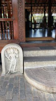 Sri Lanka Colombo Seema Malaka temple entrance